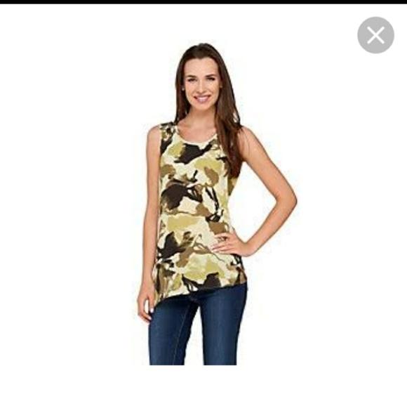 Lisa Rinna sleeveless asymmetric hem line 359baeeef60f